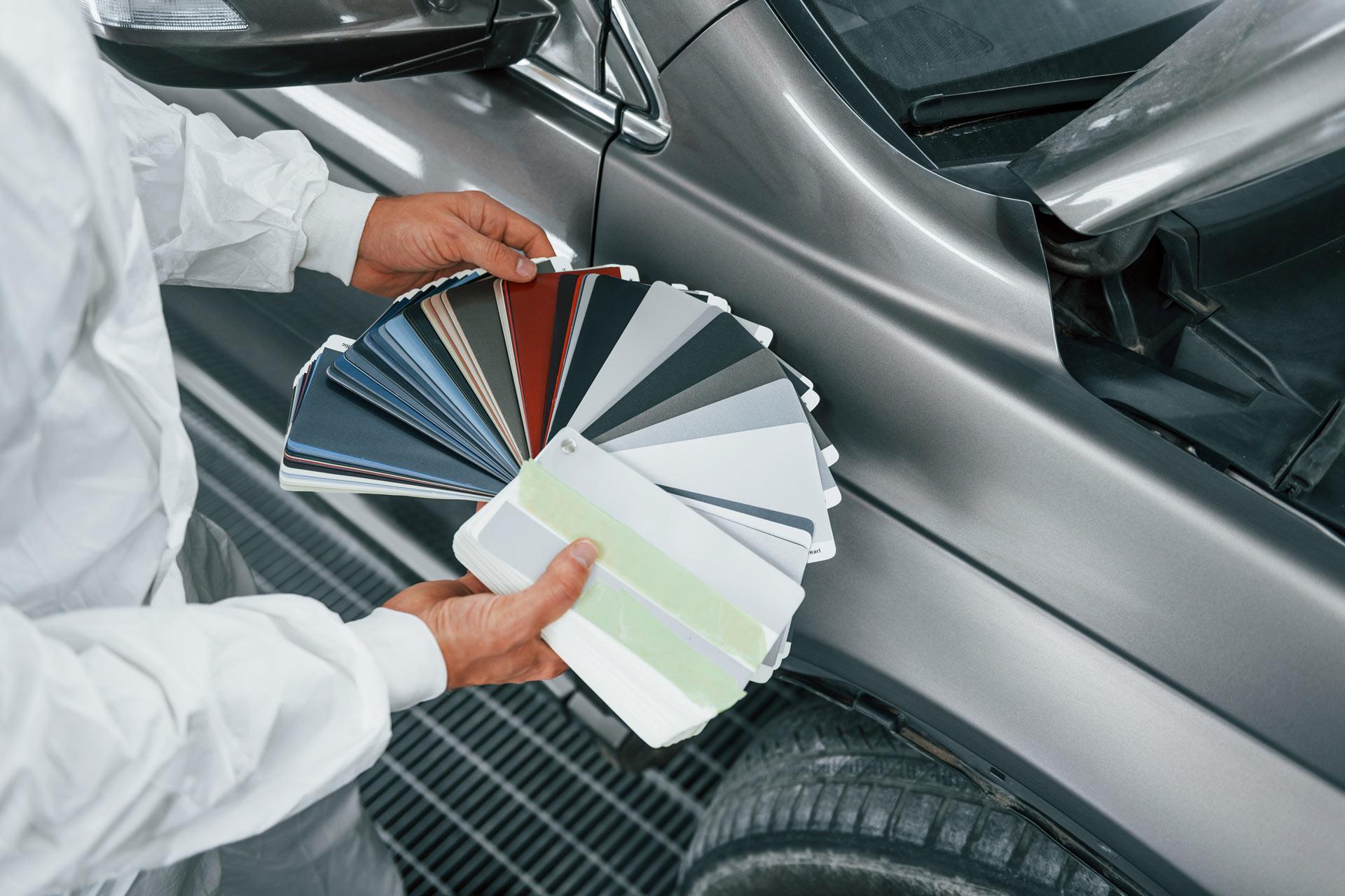 RAL-Farbkarte zur Auswahl des richtigen Lacks